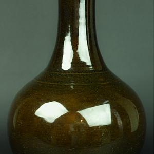 欧美回流 清中期紫金釉大赏瓶