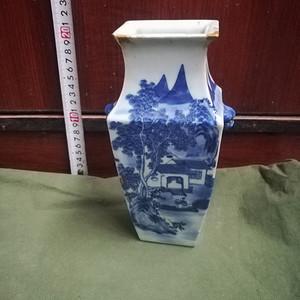 嘉靖青花四方瓶