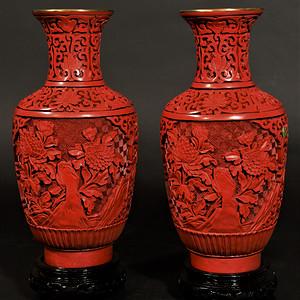 欧美回流 漂亮一对出口创汇时期铜胎剔红漆瓶