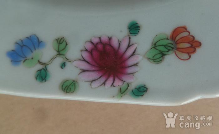 清雍正粉彩花卉牡丹纹葵口盘直径22.7公分包真图6