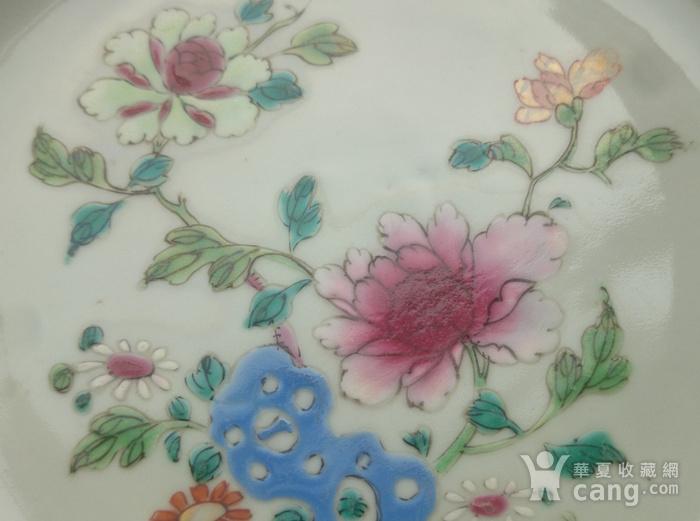 清雍正粉彩花卉牡丹纹葵口盘直径22.7公分包真图11