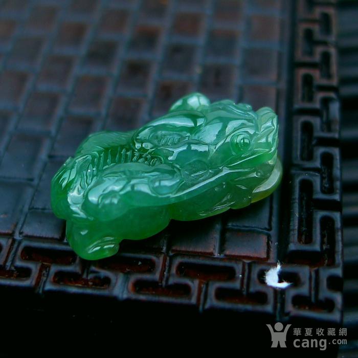 冰种满绿貔貅吊坠图4