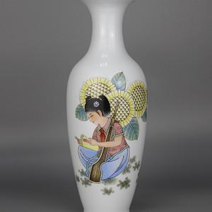 60年代粉彩文革人物瓶