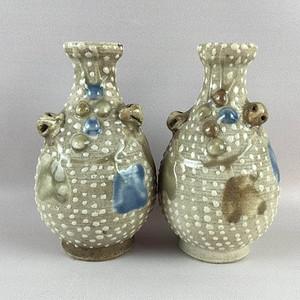 民国珍珠釉小瓶一对