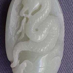 和田青白玉山流水生肖蛇挂件