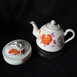 解放初茶壶盖罐各一只