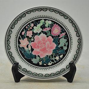 中国群力釉下彩壁挂赏盘