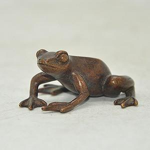 铜青蛙小摆件