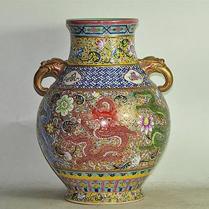 粉彩大瓷瓶