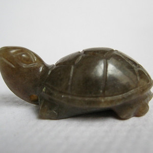 和田青玉长寿龟挂件