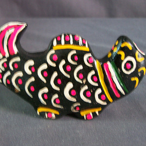 黑泥彩绘动物把件摆鱼乐器