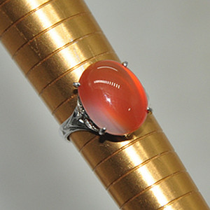 2.8克镶玛瑙戒指