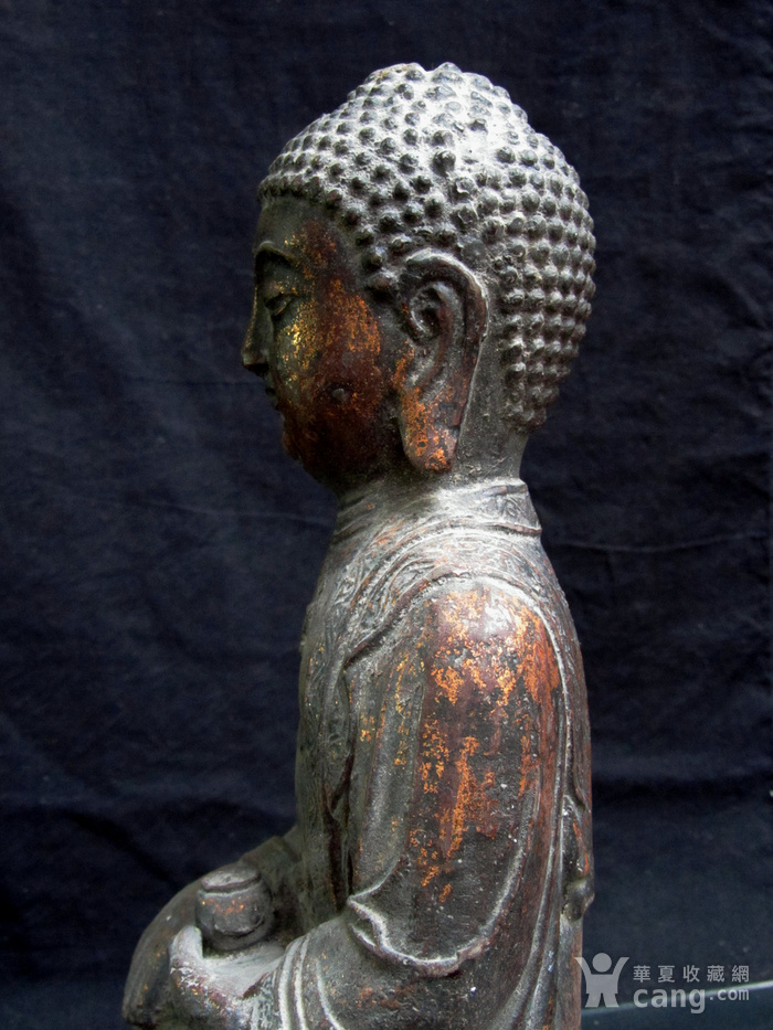 铜鎏金仰莲座佛像图6