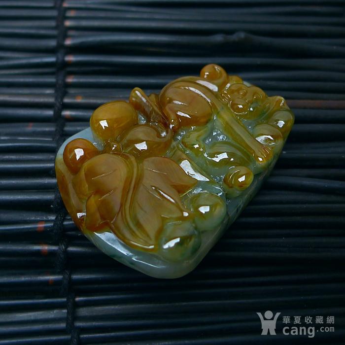 冰润带黄翡翡猴子祝寿吊坠图7