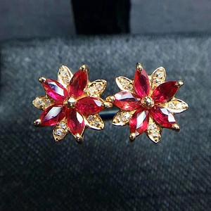 天然缅甸红宝石耳钉