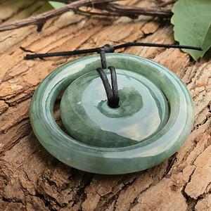 天然A货翡翠  水润满绿子母扣吊坠XB1479
