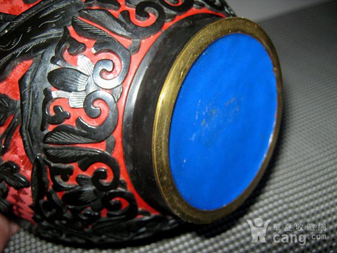 晚清铜胎剔红剔黑罐子图10