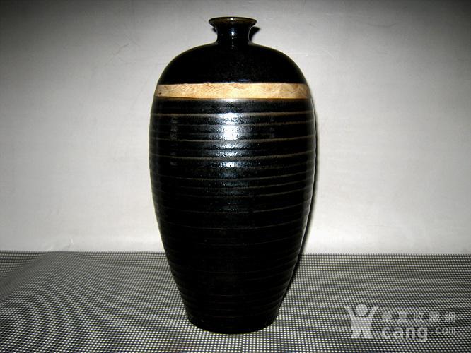 *金黑釉梅瓶图1
