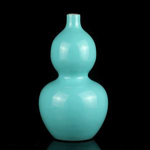 34清晚粉彩孔雀绿釉葫芦瓶