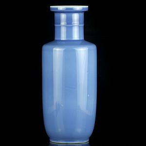 35清晚天青釉棒捶瓶