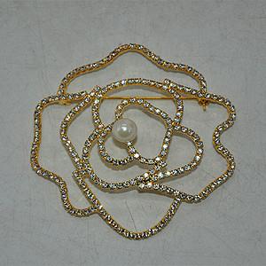 15.3克镶珍珠胸针
