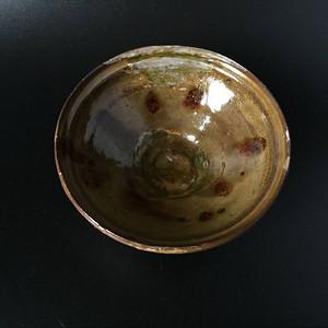 洞口窑褐釉点彩青釉斗笠盏