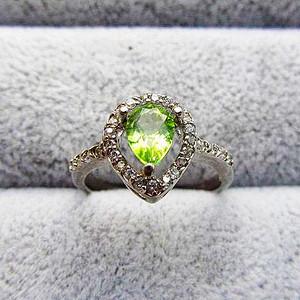 0.8克拉完美纯净玻璃体橄榄石天然宝石纯银戒指!