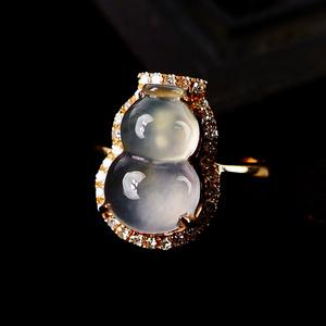 木那飘雪!18K金镶30钻石天然缅甸A货翡翠完美玻璃种葫芦钻戒