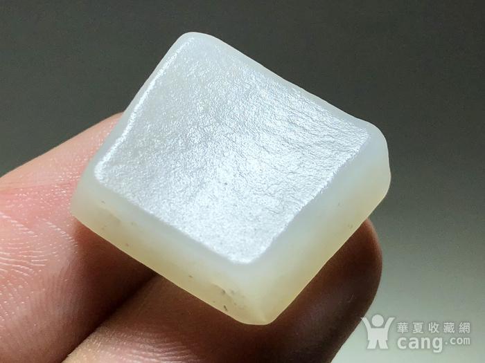明 和田白玉羊脂级 一级白 籽料 饕餮纹 背云 手工雕刻图6