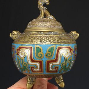 清代铜胎掐丝珐琅精雕瑞兽 香炉