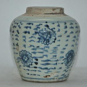 清代青花瓷瓶 有冲
