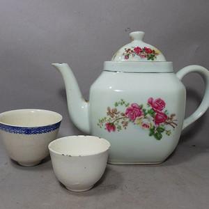 民国粉彩青花茶具