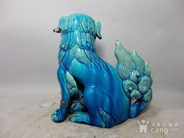 清代孔雀蓝狮子绣球摆件图4
