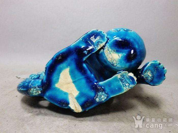 清代孔雀蓝狮子绣球摆件图7