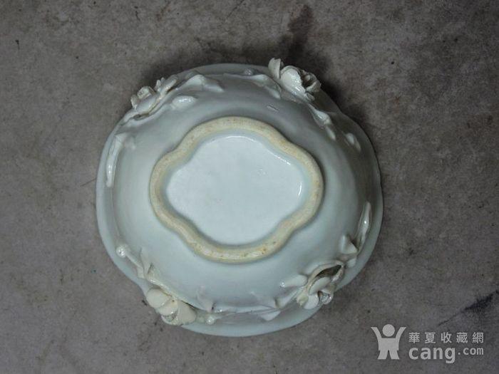 乾隆青花高浮雕海棠杯图7
