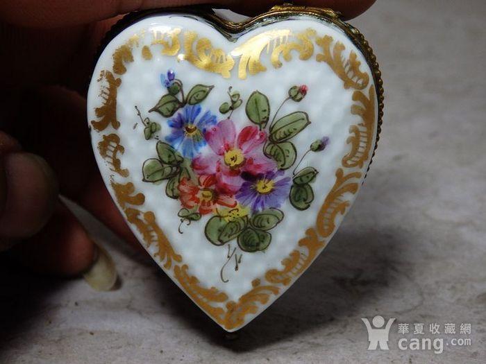 维多利亚时期粉彩心形首饰盒图3