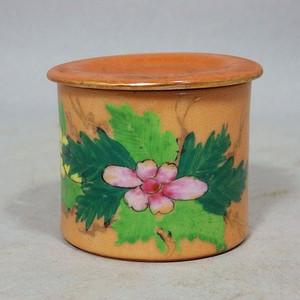 民国矾红粉彩花卉绘画盖罐