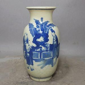 清代畏瓷青花三 教子人物绘画灯笼瓶