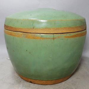 晚清绿釉鼓钉盖罐