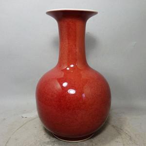 清代红釉赏瓶