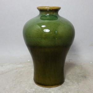 晚清苹果绿窑变釉梅瓶