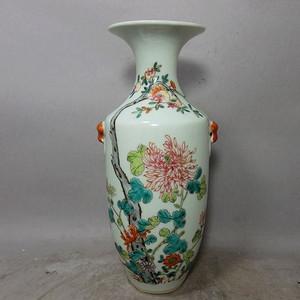 民国粉彩花卉绘画赏瓶