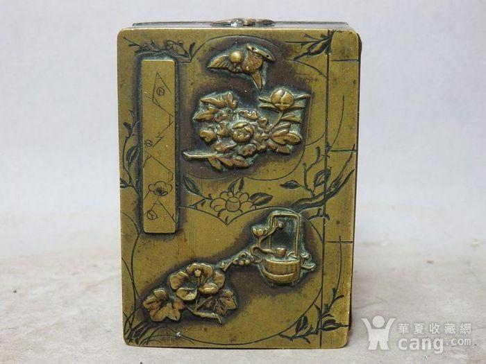 清代铜雕清供花鸟印盒图1