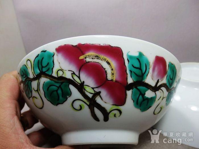 民国粉彩花卉绘画碗一对图3