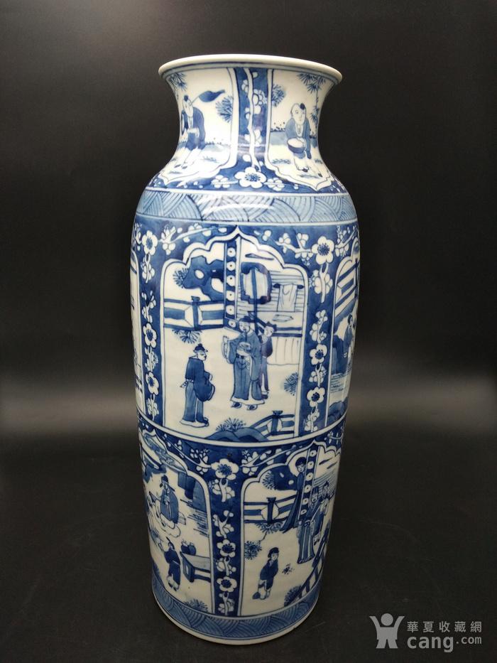 青花橄榄瓶图1