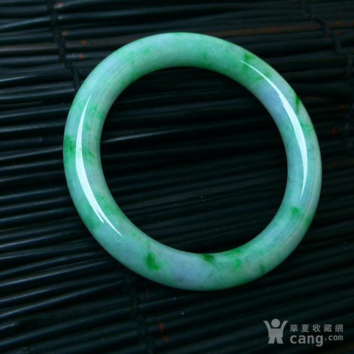 冰润飘绿圆条手镯图9