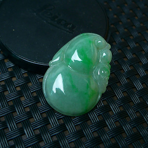 冰润满绿葫芦吊坠