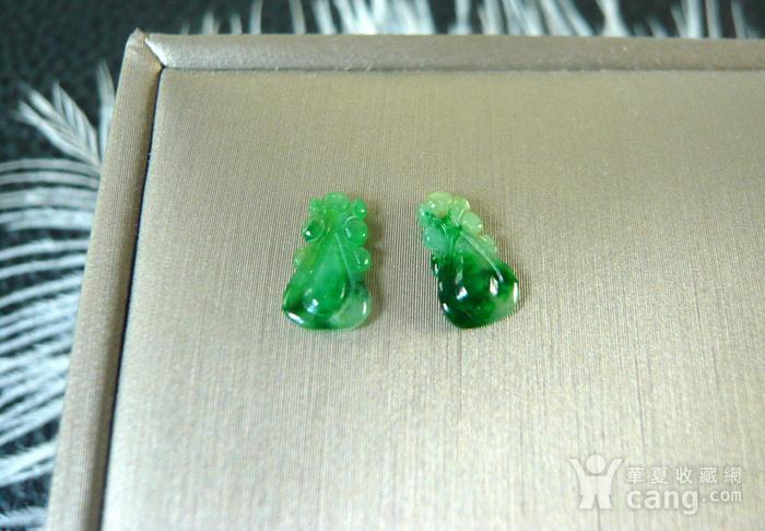 天然A货缅甸老冰种辣绿翡翠如意一对图5