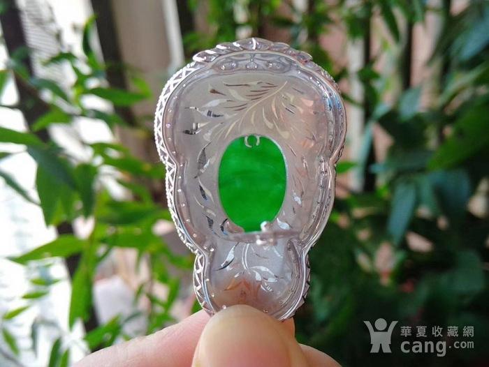 正阳绿天然翡翠A货18k金镶嵌钻石 大观音吊坠图5