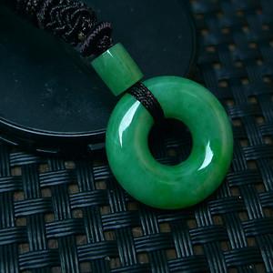 冰润满绿平安扣吊坠